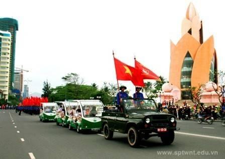 images dieuhanh dieu hanh 2632011 4 - Lễ kỷ niệm 80 năm thành lập Đoàn TNCS Hồ Chí Minh và tuyên dương 80 Bí thư cơ sở Đoàn xuất  sắc