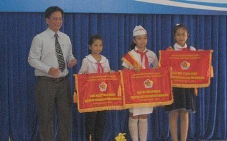 images hoi thi phu trach sao gioi 2011 - Hội thi Phụ trách sao giỏi năm học 2010 - 2011: Hội đồng Đội thị xã Ninh Hòa đoạt giải nhất toàn đoàn