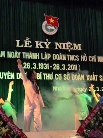 images hoitrai2011 DSC00193 - Lễ kỷ niệm 80 năm thành lập Đoàn TNCS Hồ Chí Minh và tuyên dương 80 Bí thư cơ sở Đoàn xuất  sắc