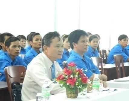 images_tntn-2003-2011-2 Tổ chức hội nghị đánh giá hoạt động phong trào Thanh niên tình nguyện tham gia xây dựng và phát triển kinh tế - xã hội miền núi giai đoạn 2003 - 2011.