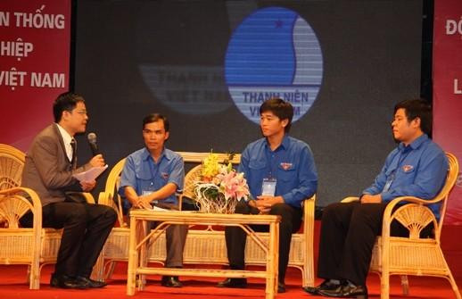 Đại diện 56 đội nhóm trưởng thanh niên làm kinh tế giỏi tham gia tọa đàm