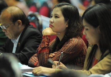 20121118231958 quochoi1911 - Quốc hội nghe báo cáo về Biển Đông