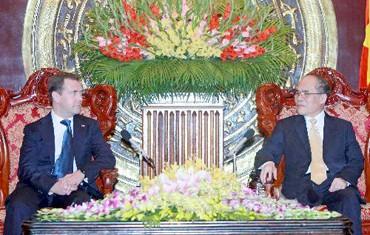 chu20tich20quoc20hoi - Lãnh đạo Đảng, Nhà nước tiếp Thủ tướng Dmitry Medvedev