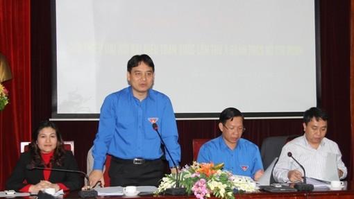 Đồng chí Nguyễn Đắc Vinh trao đổi với phóng viên về Đại hội