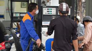 images810555 xang - Không tăng giá xăng dầu