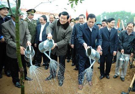 20130218122037 chutichnuoc - Chủ tịch nước phát động Tết trồng cây