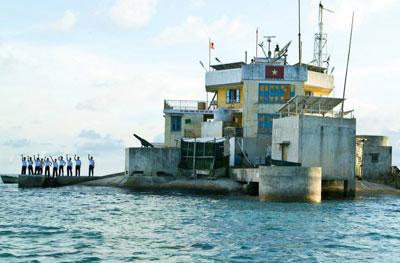 Đảo Cô Lin - 1 trong 3 điểm nóng trong cuộc đấu tranh bảo vệ chủ quyền biển, đảo.