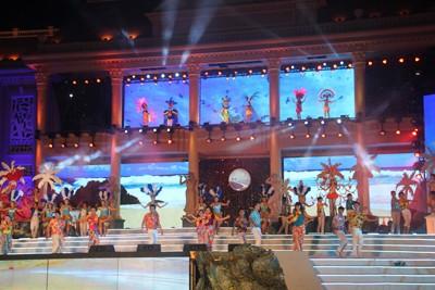 images851173 1 1 - Những hình ảnh về Lễ bế mạc Festival Biển 2013
