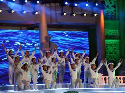 images851182 10 1 - Những hình ảnh về Lễ bế mạc Festival Biển 2013