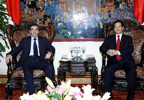 ong dung 1 - Việt-Pháp hội đủ điều kiện trở thành Đối tác chiến lược
