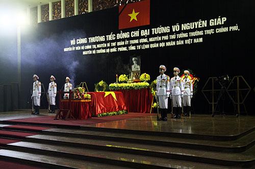 1163448220131012064757718 2 - Lễ quốc tang Đại tướng Võ Nguyên Giáp