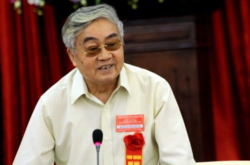 GS hac 3 JPG 7491 1382619097 - Nguyên Bộ trưởng Phạm Minh Hạc: Giáo dục không thể hồ đồ