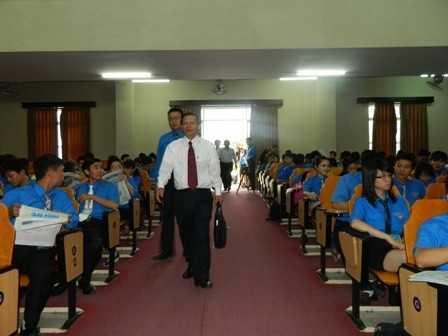 images dh hsv 2013 23 - Đồng chí Nguyễn Văn Nhuận được tái chọn cử giữ chức danh Chủ tịch Hội Sinh viên Việt Nam tỉnh Khánh Hòa khóa II (2013 - 2018)