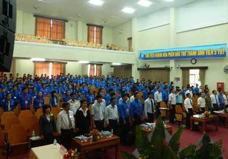 images dh hsv 2013 27 - Đồng chí Nguyễn Văn Nhuận được tái chọn cử giữ chức danh Chủ tịch Hội Sinh viên Việt Nam tỉnh Khánh Hòa khóa II (2013 - 2018)
