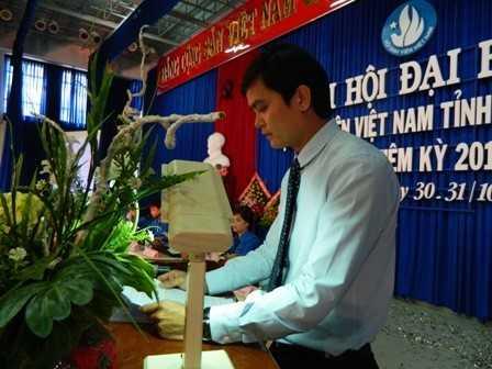 images dh hsv 2013 34 - Đồng chí Nguyễn Văn Nhuận được tái chọn cử giữ chức danh Chủ tịch Hội Sinh viên Việt Nam tỉnh Khánh Hòa khóa II (2013 - 2018)