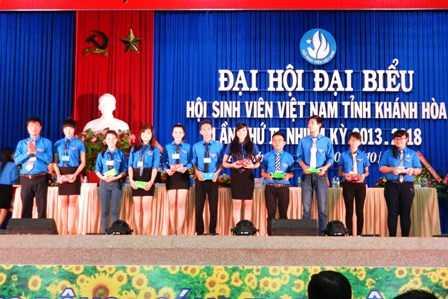 images dh hsv 2013 42 - Đồng chí Nguyễn Văn Nhuận được tái chọn cử giữ chức danh Chủ tịch Hội Sinh viên Việt Nam tỉnh Khánh Hòa khóa II (2013 - 2018)