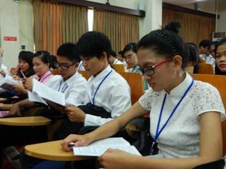 images dh hsv 2013 9 - Đại hội Hội Sinh viên Việt Nam tỉnh Khánh Hòa lần thứ II, nhiệm kỳ 2013 - 2018, phiên thứ nhất