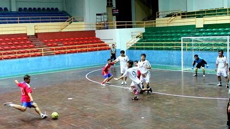 Khai mạc giải vô địch bóng đá mini truyền thống Đoàn khối Các cơ quan tỉnh Khánh Hòa