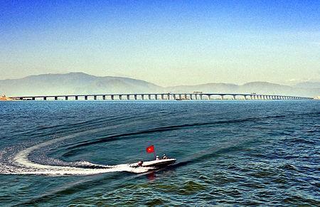 cau vuot bien 348fc 1 - Việt Nam sắp có cầu vượt biển lớn nhất Đông Nam Á