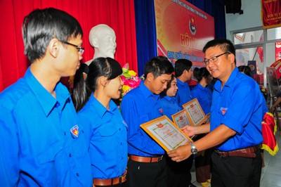 images1055984 hh1 1 - Tuổi trẻ Khánh Hòa thực hiện nhiều phần việc, công trình thiết thực