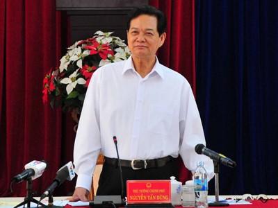 images1057333 Thu tuong 1 - Thủ tướng Nguyễn Tấn Dũng làm việc với lãnh đạo tỉnh Khánh Hòa