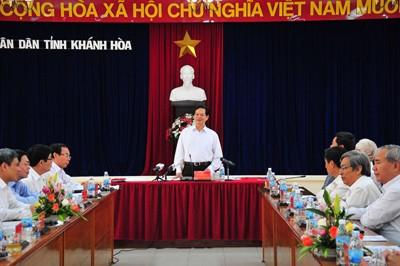 images1057334 Thu tuong phat bieu 2 1 - Thủ tướng Nguyễn Tấn Dũng làm việc với lãnh đạo tỉnh Khánh Hòa