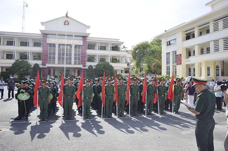 """116 Chiến sĩ nhí tham gia đợt 1 """"Học kỳ trong quân đội"""" năm 2015"""