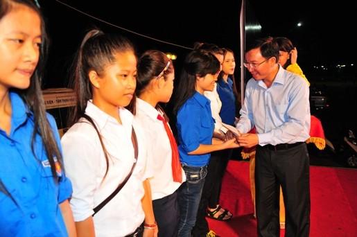 """dcToan20tang20hoc20bong 1 - Sôi nổi chương trình giao lưu nghệ thuật """"Thanh niên tham gia xây dựng văn minh đô thị"""""""