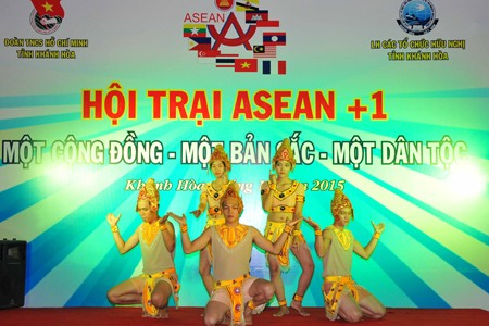 images1106452 vannghe4 1 - Sôi nổi Hội trại ASEAN+1