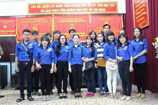 """Đoàn viên Trường Cao đẳng Y tế Khánh Hòa tham dự đêm giao lưu văn nghệ """"Tình yêu và tuổi trẻ"""""""