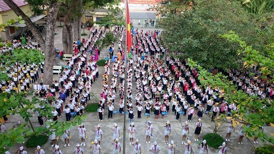 Ngày hội có hơn 500 học sinh, Đội viên trường TH Lộc Thọ-TP.Nha Trang