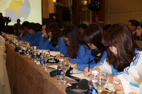"""vba 2407 1 - Hội nghị """"Chia sẻ kinh nghiệm quốc tế về chính sách phát triển thanh niên"""""""