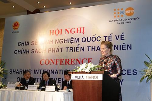 """vba 2423 1 - Hội nghị """"Chia sẻ kinh nghiệm quốc tế về chính sách phát triển thanh niên"""""""