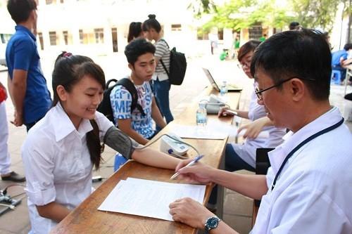 HMND2016201 1 - Đoàn Thanh niên Trường Cao đẳng Y tế Khánh Hòa tổ chức ngày hội hiến máu tình nguyện