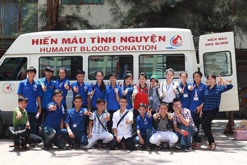 HMND20162013 1 - Đoàn Thanh niên Trường Cao đẳng Y tế Khánh Hòa tổ chức ngày hội hiến máu tình nguyện