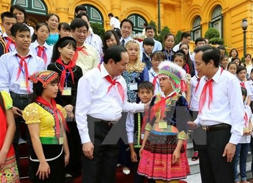 Chủ tịch nước Trần Đại Quang gặp mặt đoàn đại biểu trẻ em có hoàn cảnh đặc biệt, khó khăn