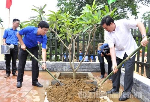 DSC09503 1 - Khánh thành Bia di tích lịch sử cơ quan Trung ương Đoàn tại Tuyên Quang