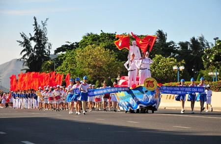 images1148416 APP 7635 1 - Hơn 2.000 đội viên tham gia lễ diễu hành nghi thức đội