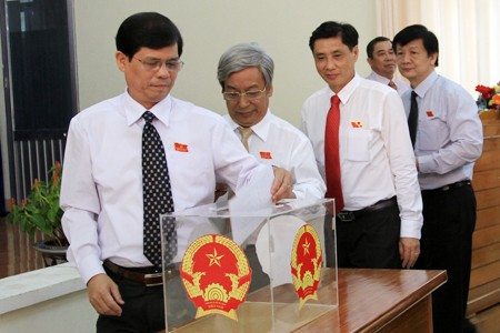 images1151142 Anh 4B - Kỳ họp thứ nhất HĐND tỉnh Khánh Hòa khóa VI, nhiệm kỳ 2016-2021