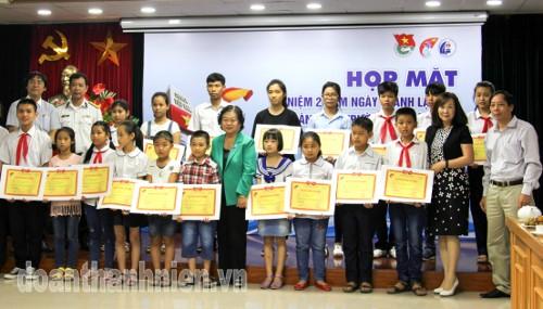 IMG 0058 - Kỷ niệm 2 năm thành lập CLB Vì Hoàng Sa - Trường Sa thân yêu
