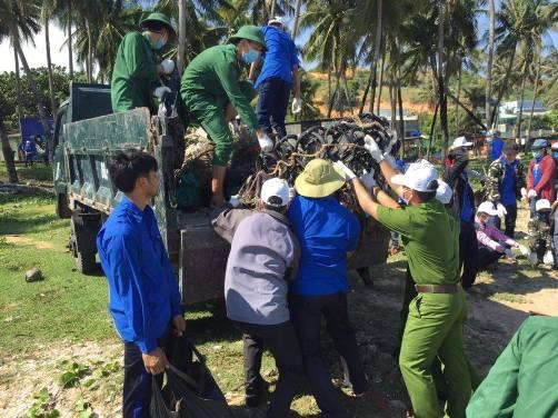 g2 - Tuổi trẻ cả nước đồng loạt ra quân Ngày chủ nhật xanh năm 2016