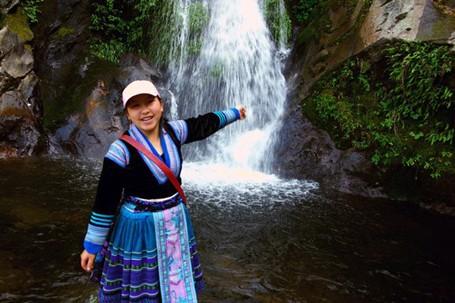 tan thi shu12 5e8b4 moyw - Cô gái người Mông được Forbes Vietnam vinh danh
