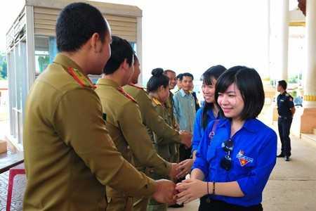 images1166920 APP 2545 - Dấu chân tình nguyện tại Attapeu