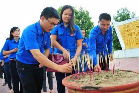 images1166924 APP 2595 - Dấu chân tình nguyện tại Attapeu