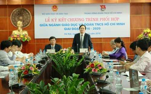 Bộ trưởng Bộ Giáo dục và Đạo tạo Phùng Xuân Nhạ đánh giá cao sự phối hợp hiệu quả giữa Đoàn TNCS Hồ Chí Minh và ngành Giáo dục