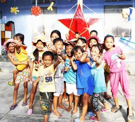 images1169142_Ninh_Tan__2_ Trung thu sớm ở thôn đảo
