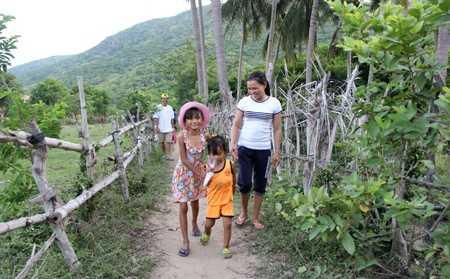 images1169145_Ninh_Tan__5_ Trung thu sớm ở thôn đảo