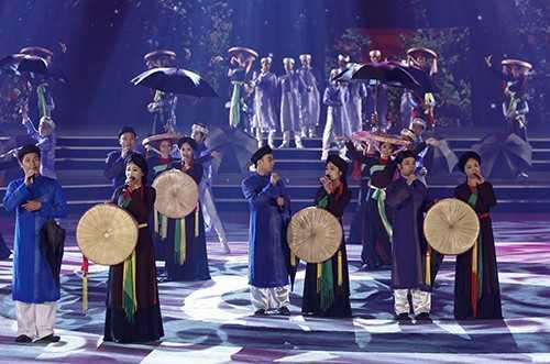 385 - Kế thừa, phát huy những giá trị tốt đẹp của quan hệ láng giềng hữu nghị Việt Nam - Trung Quốc