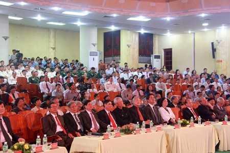 Đại biểu dự lễ kỷ niệm 87 năm ngày thành lập Đảng Cộng sản Việt Nam.