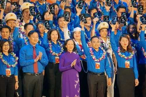 1_AKKT Tưng bừng kỷ niệm 86 năm thành lập Đoàn và vinh danh 87 gương cán bộ đoàn, đoàn viên